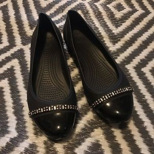 Women's Crocs Dress Shoe Flat Size 8